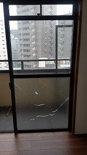 修理 ガラス